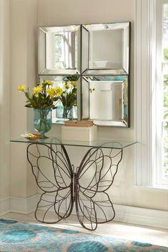 forja y espejo en decoracion recibidor