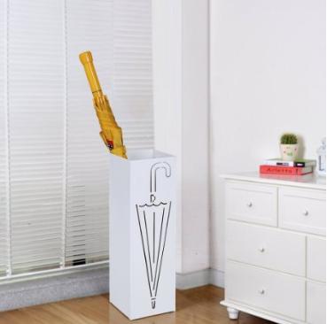 Recibidores modernos ideas para su decoraci n hoy lowcost - Cortinas para puertas leroy merlin ...