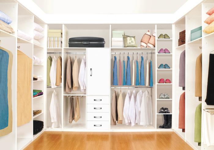 Imagenes de ba o con closet for Modelo closet para habitaciones