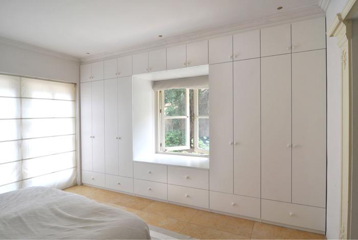 Decorar armarios empotrados pintar las puertas del - Decorar armario empotrado ...