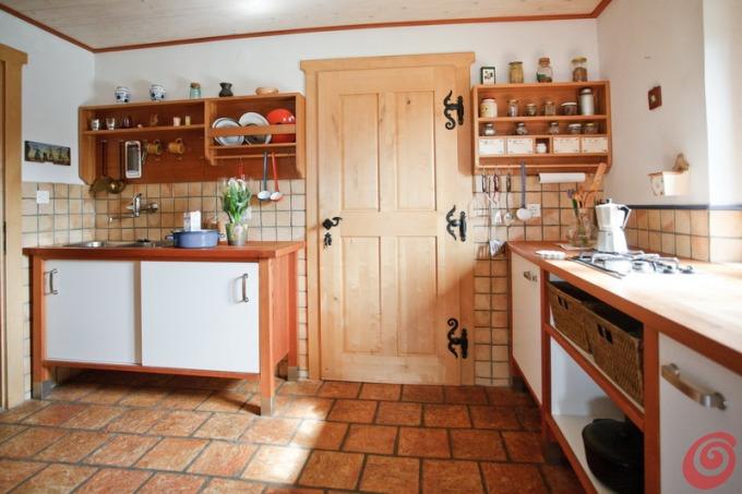 cocina funcional estilo rustico