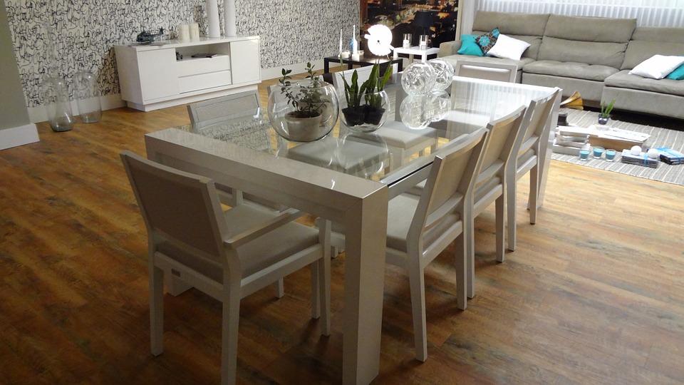 mesas y sillas de comedor