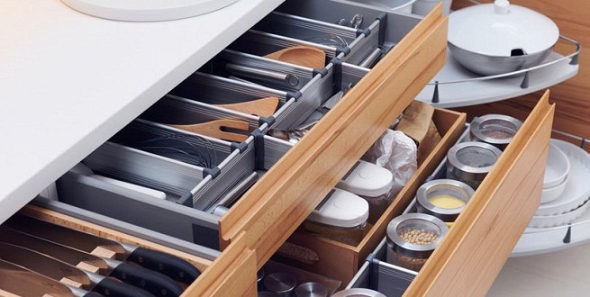 Cocinas modernas 13 organizadores para cajones elegantes - Cajoneras de cocina ...