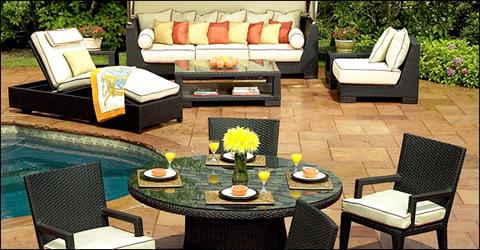 La mejor decoraci n de exteriores de casas hoy lowcost for Muebles para patios interiores