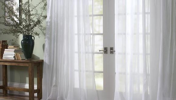 Dise o cortinas vaporosas hoy lowcost - Disenos de cortinas para salones ...