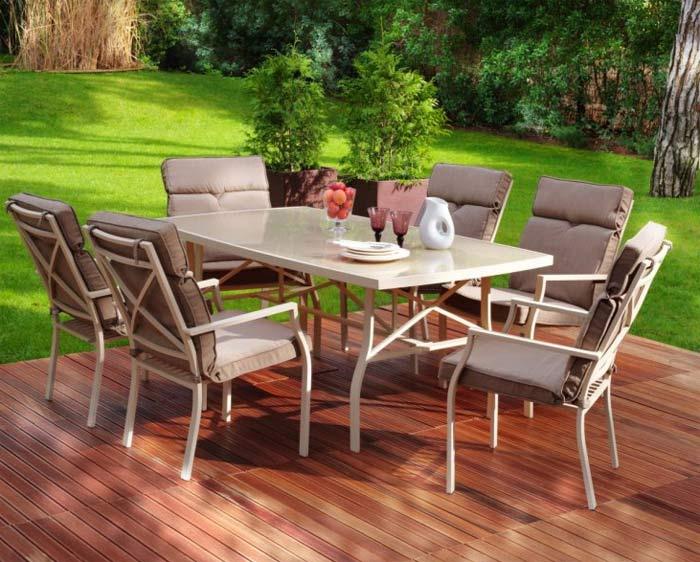 La mejor decoraci n de exteriores de casas hoy lowcost for Casa muebles de jardin