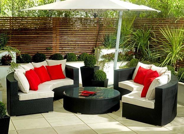 La mejor decoraci n de exteriores de casas hoy lowcost for Muebles de exterior para terrazas