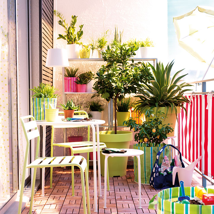 Decoraci n de terrazas y balcones ideas originales hoy for Decoracion jardin ikea