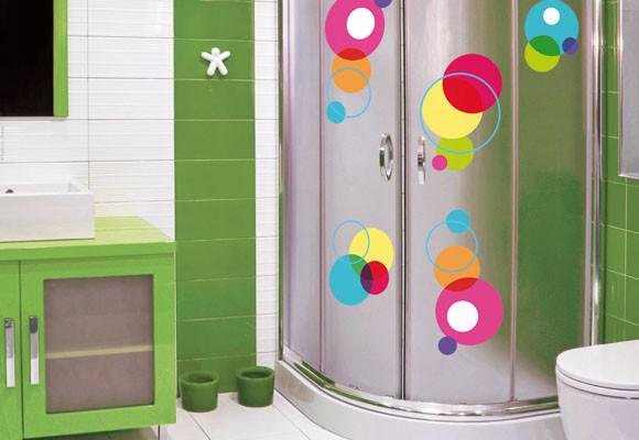 Como decorar un ba o peque o ideas con fotos hoy lowcost - Como montar mampara de ducha ...