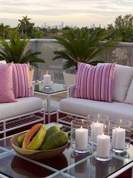Decoraci n de terrazas y balcones ideas originales hoy for Muebles balcon terraza