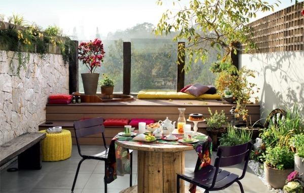 Decoraci n de terrazas y balcones ideas originales hoy - Winter flowers for balcony ...