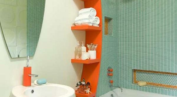 Vibrante decoracion ba os peque os hoy lowcost - Como decorar un bano pequeno moderno ...