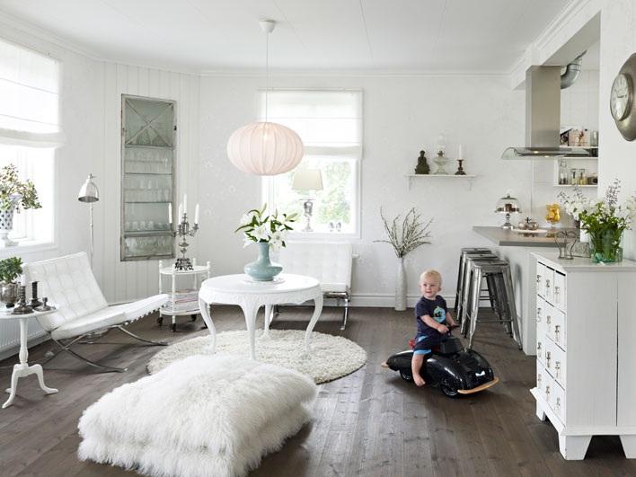 casa pequeña decoracion en blanco