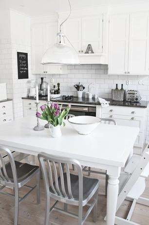 Cocinas modernas peque as estilos y dise os hoy lowcost for Ceramicas para cocinas modernas