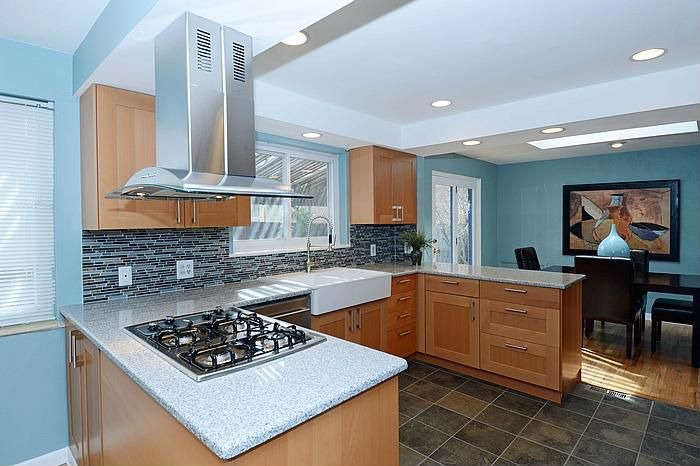 Cocinas con zona de comer hoy lowcost for Cocinas integrales para apartamentos pequenos