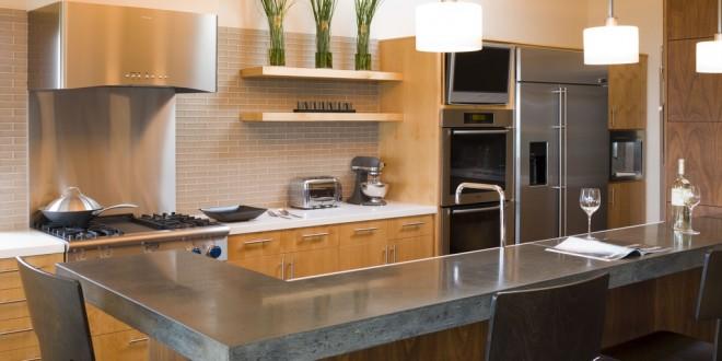 Cocinas modernas con barra hoy lowcost for Disenos de cocinas pequenas con barra