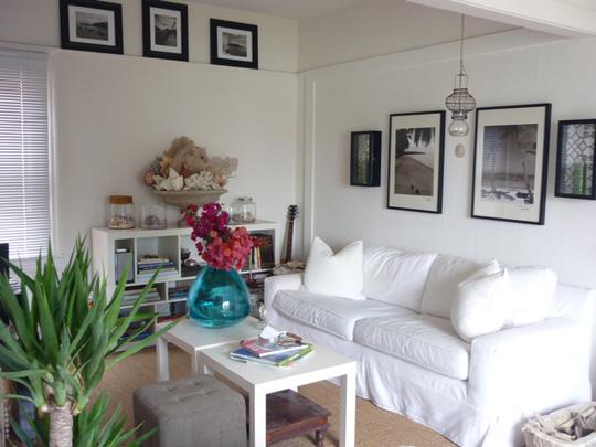 salones pequeños decorados en blanco