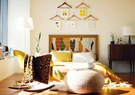 decoracion low cost paredes con perchas