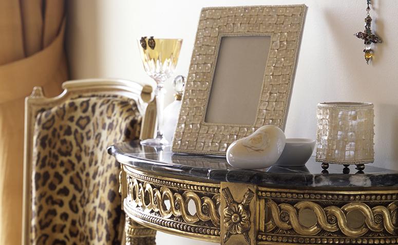 decorar con pequeños objetos decorativos