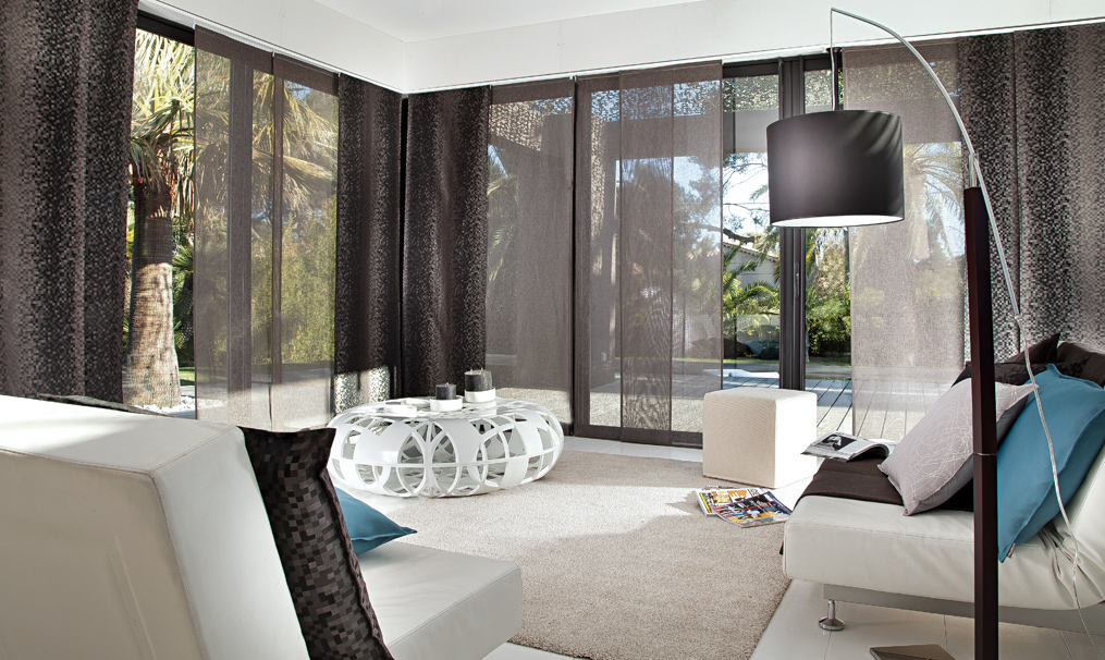 paneles japoneses para terrazas cerradas hoy lowcost. Black Bedroom Furniture Sets. Home Design Ideas