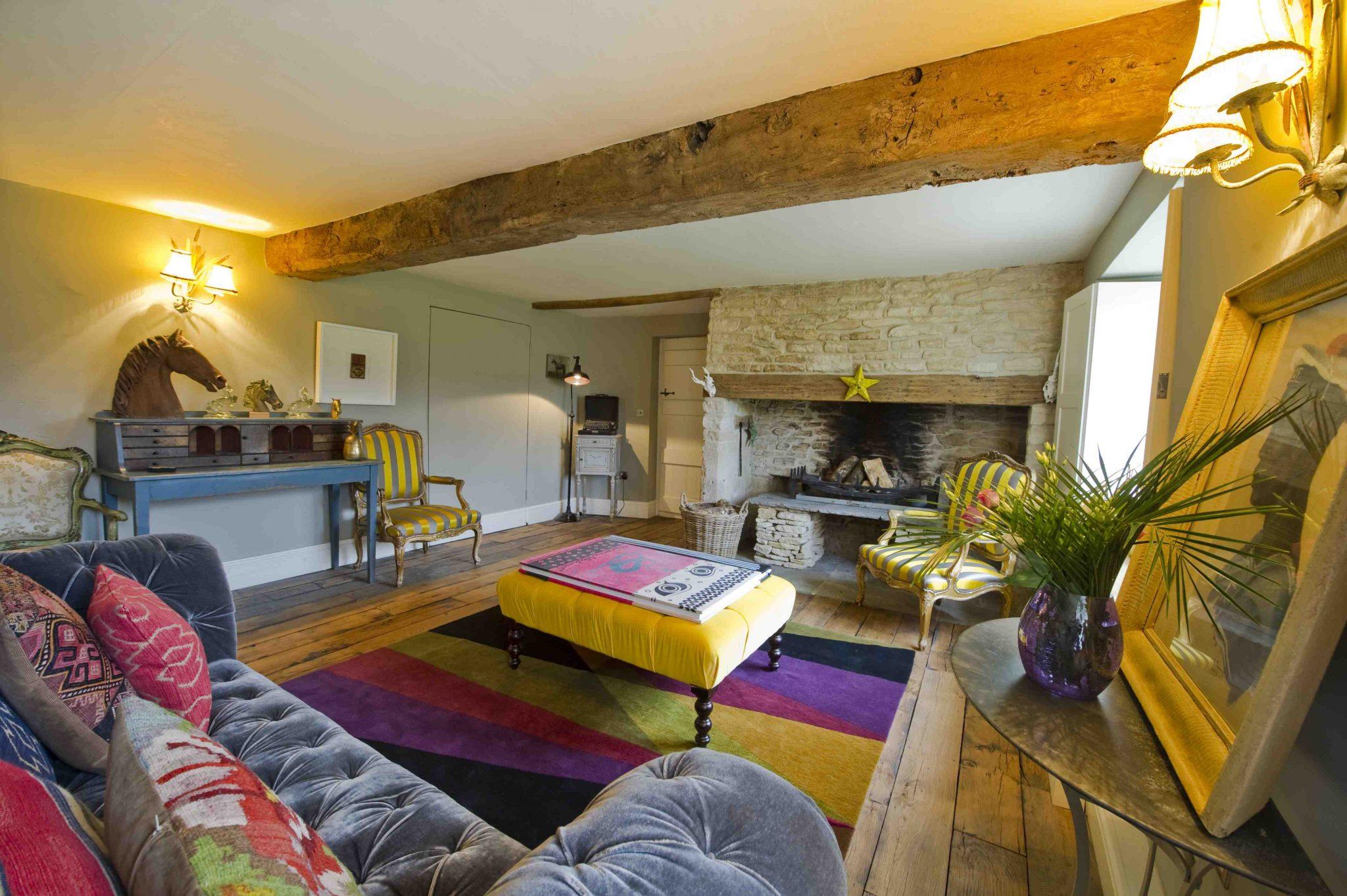 5 consejos para salas de estar modernas hoy lowcost - Muebles de salon antiguos ...