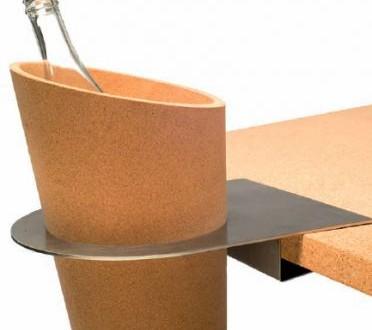 Original portabotellas de corcho hoy lowcost - Muebles de corcho ...