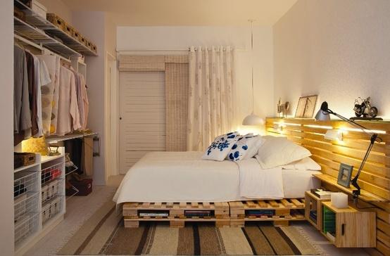 Dormitorios matrimonio modernos date un capricho hoy - Amueblar habitacion pequena ...