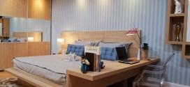 Dormitorios matrimonio con mesas de estudio. Ideas 2017