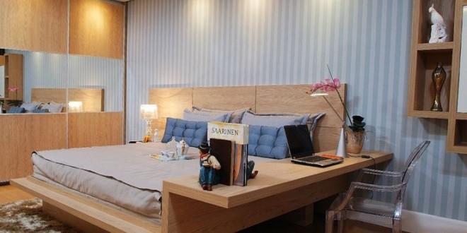 Dormitorios matrimonio con mesas de estudio. Ideas 2018
