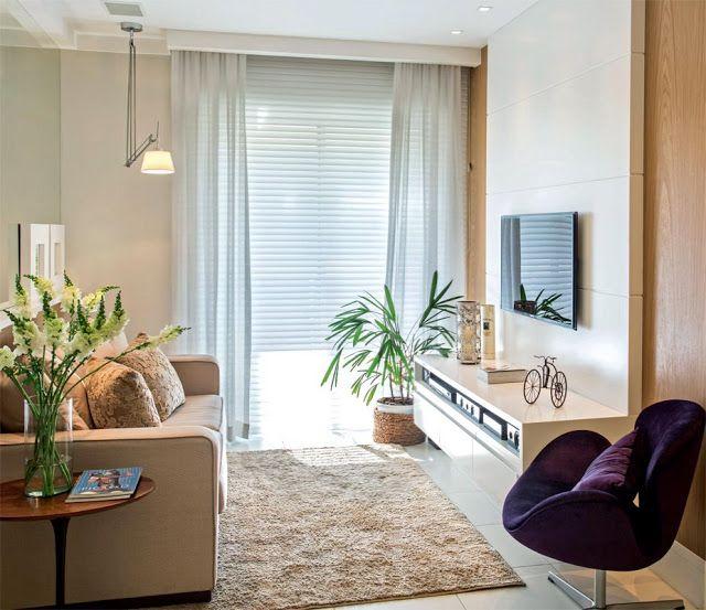 sencilla decoracion sala cortinas y veneciana