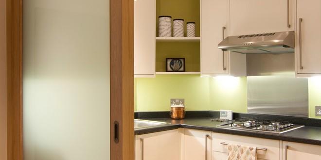 Cocinas integradas con puertas correderas hoy lowcost for Cocinas integradas