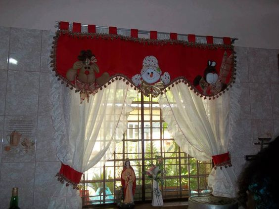 Ideas para decorar cortinas en navidad 2016 for Cortinas comedor 2016