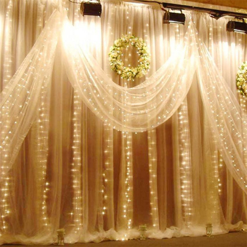 Ideas para decorar cortinas en navidad 2016 for Ideas de cortinas