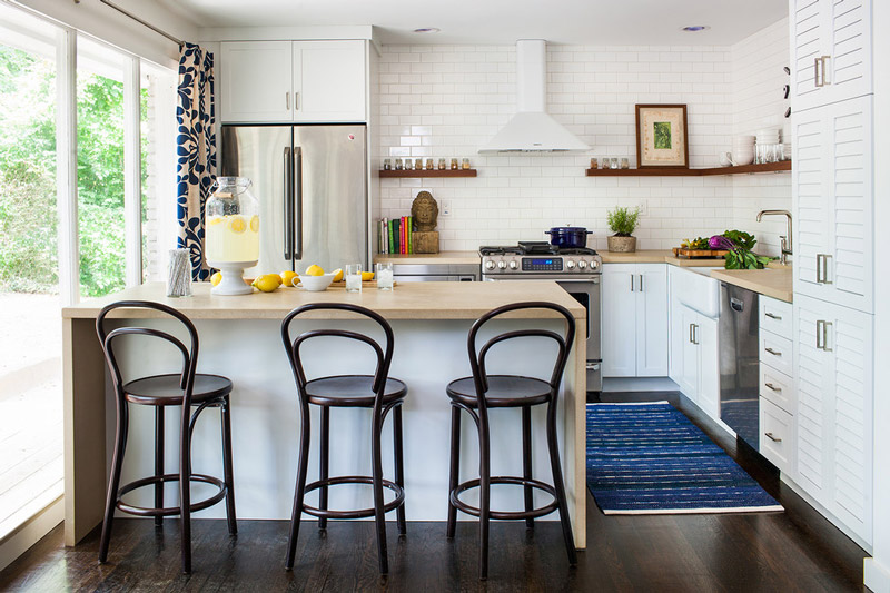 Dise os de cocinas peque as en 2018 ideas y consejos for Fotos de cocinas modernas pequenas