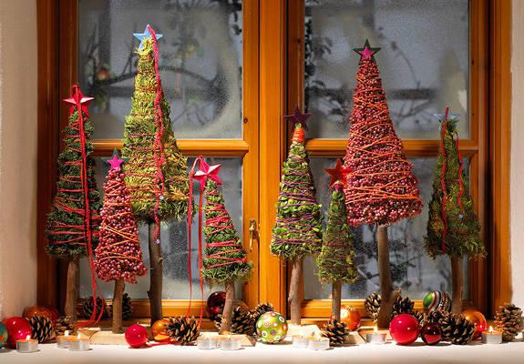 Decoracion Ventanas Navidad ~   el espacio o lo encargamos con materiales reciclados para navidad