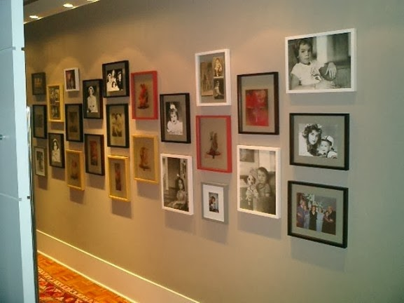 Ideas decoracion de pasillos con efecto acogedor hoy lowcost for Chimeneas en apartamentos pequenos