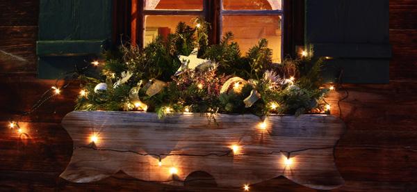 jardinera exterior decorada navidad