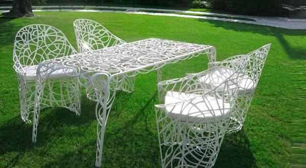 Mesa y sillas forja dise o hoy lowcost for Sillas de forja para jardin