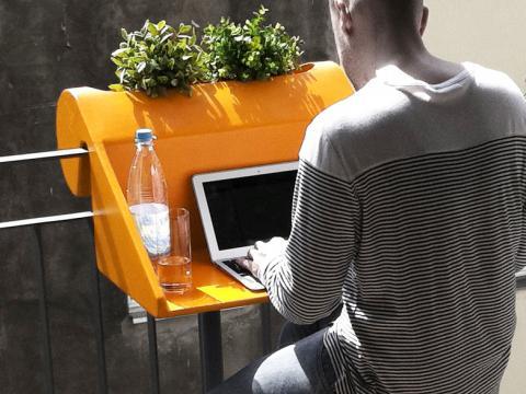 mesas ordenador para terrazas y balcones