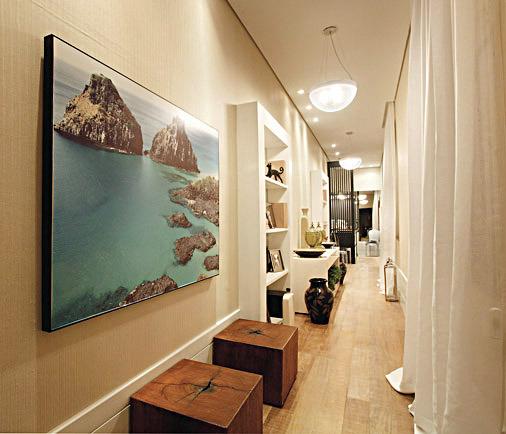 pasillos largos con muebles