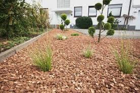 decoracion de jardines con caminos de piedra