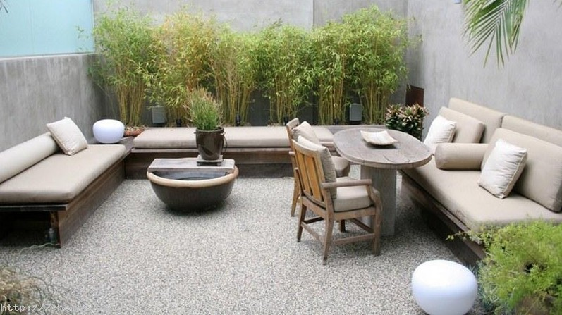 Dise o patios y jardines hoy lowcost for Ideas decorativas para patios