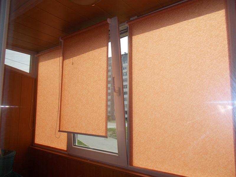 estores enrollables ventanas batientes