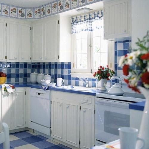 Cocinas blancas siempre en tendencia hoy lowcost for Ideas para decorar cocinas blancas