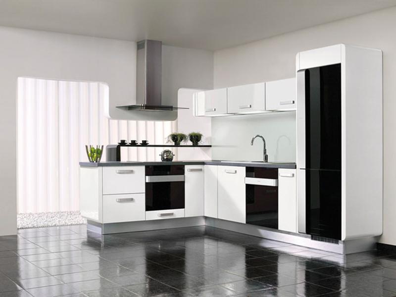 Cocinas blancas siempre en tendencia hoy lowcost for Adornos cocinas modernas