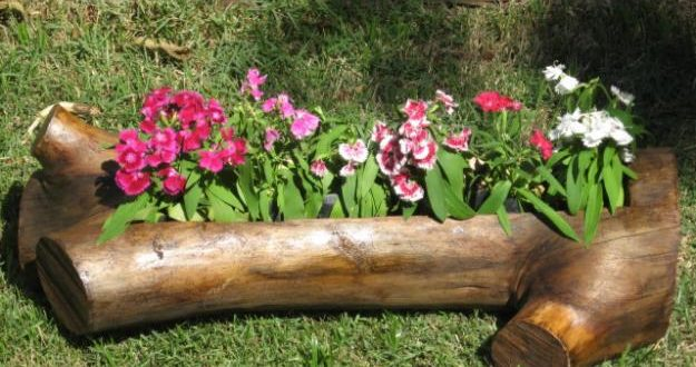 Elementos reciclados jardines rusticos hoy lowcost for Jardines reciclados