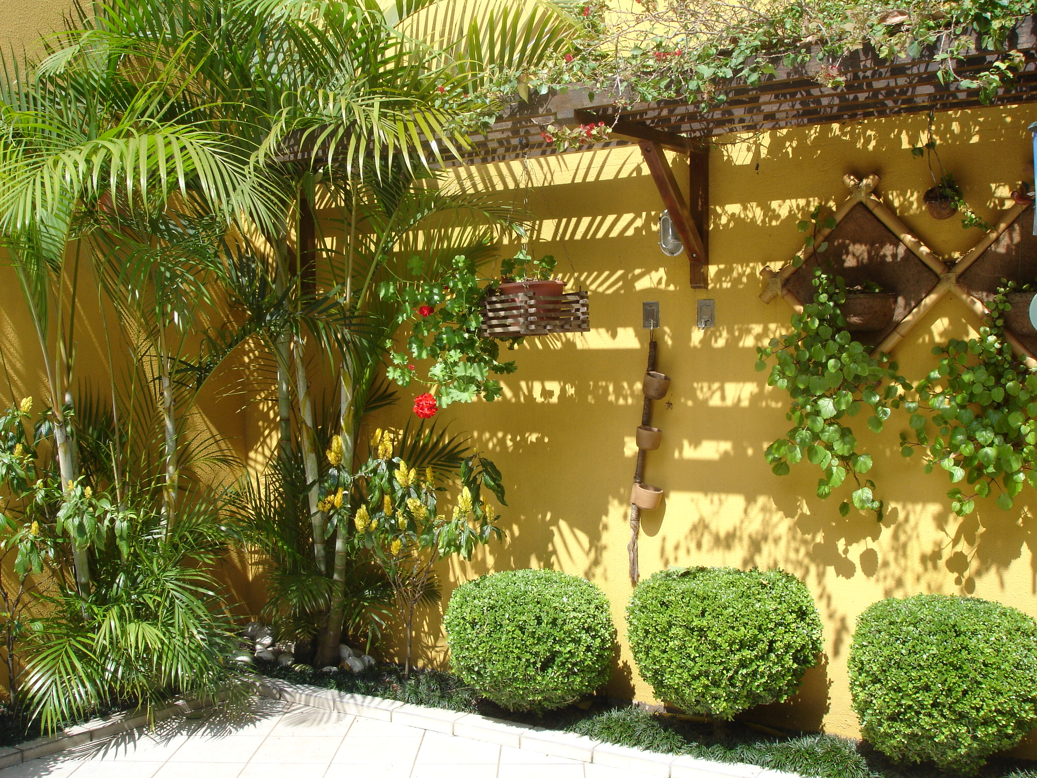 Jardines r sticos tendencia e ideas hoy lowcost for Ideas decoracion jardines exteriores