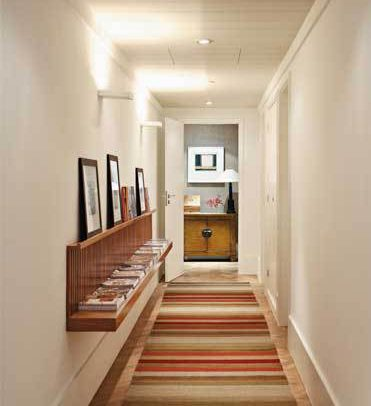 Decoraci n pasillos y recibidores consejos de iluminaci n - Decorar pasillo con fotos ...