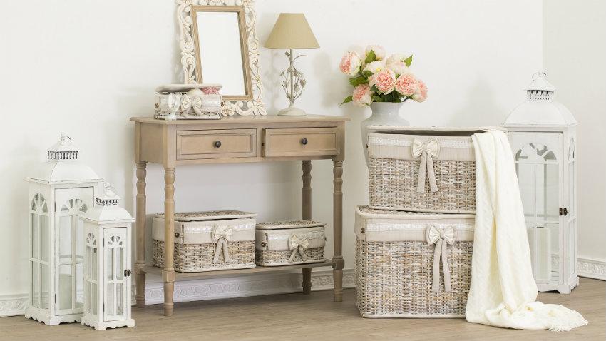 accesorios y muebles auxiliares