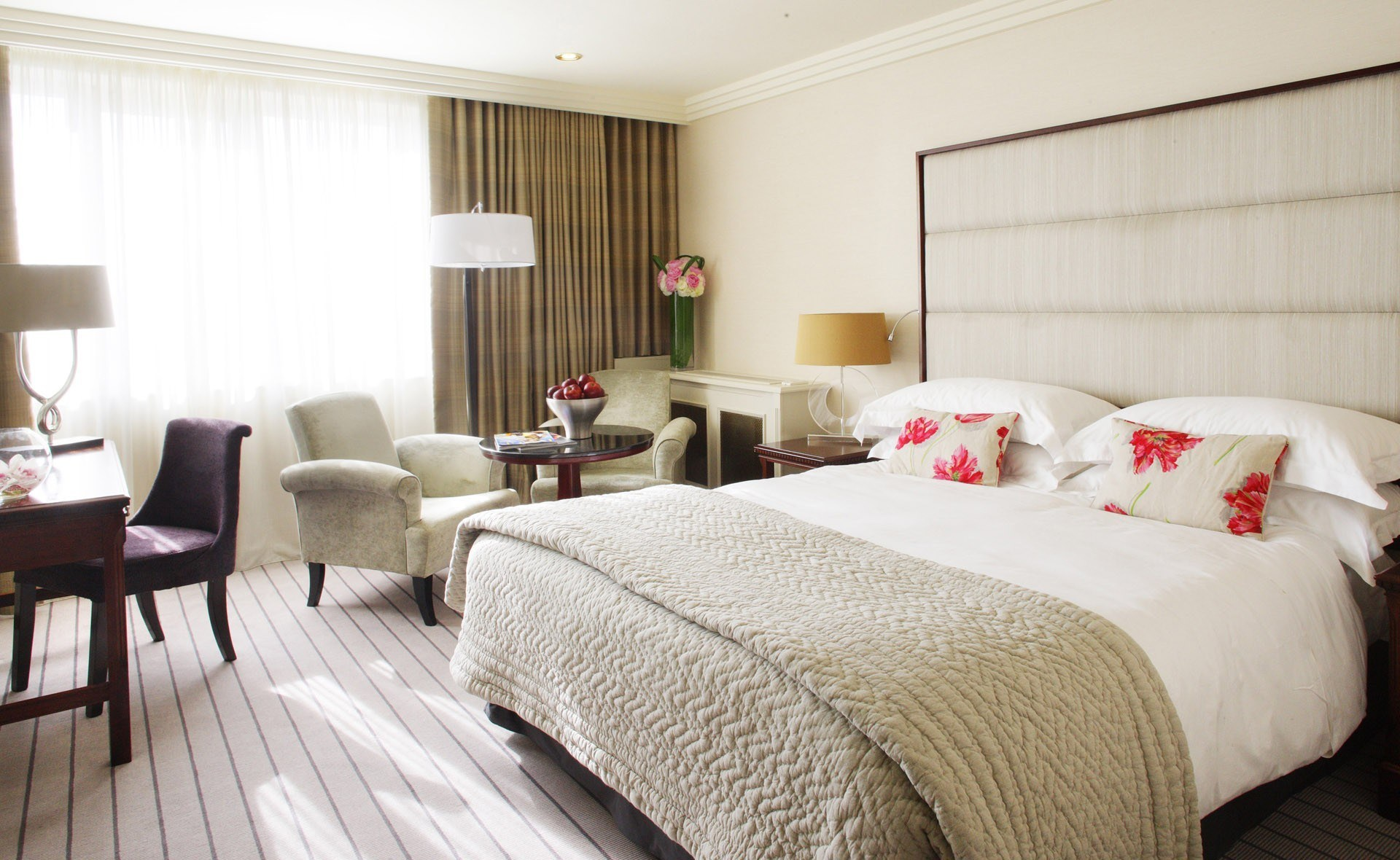 dormitorios grandes decoracion acogedora